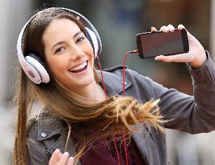 teen-hearing-loss-blog